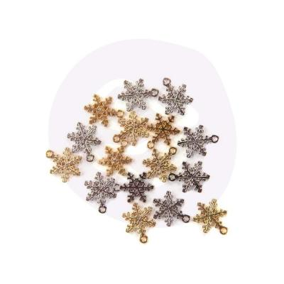 Prima Marketing Christmas In The Country Charms - Snowflakes